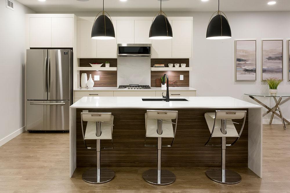 Fairview Kitchen - 31 Highpark Drive Winnipeg   Show Home