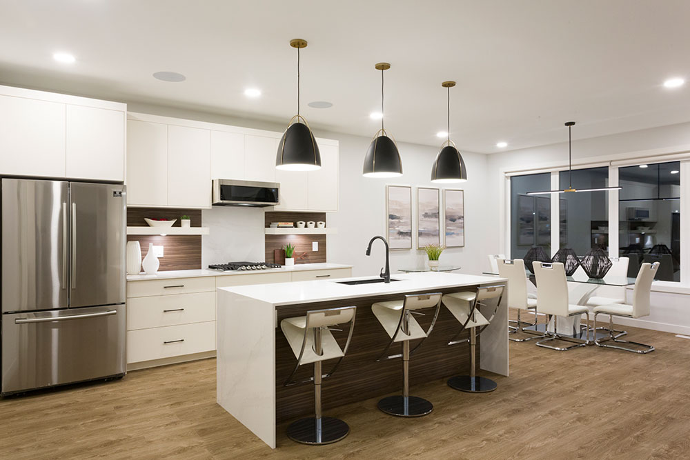 Fairview Kitchen with Island - 31 Highpark Drive, Prairie Pointe, Winnipeg   Show Home